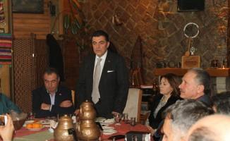 CHP'de ''Birlik,Beraberlik ve Dayanışma Kahvaltısı''