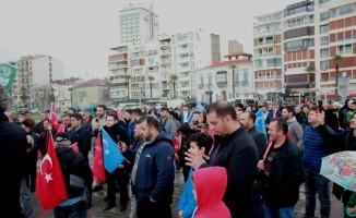 Çin'in Doğu Türkistan'da uyguladığı zulme İzmir'den tepki yağdı