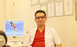 """Diş Hekimi Yalçın Genç: """"İmplant, sağlam, rahat ve güvenilir bir uygulamadır"""""""