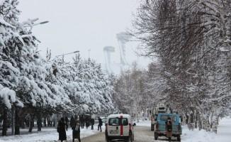 Doğu'da kar ve rüzgar uyarısı