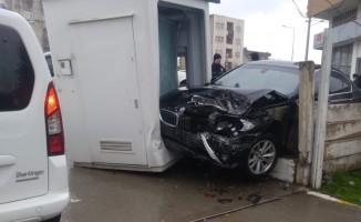 Dört aracın karıştığı kazada 3 kişi yaralandı