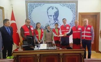 Dursunbey'den Yemen'e yardım