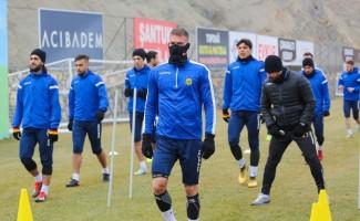 E. Yeni Malatyaspor ikinci yarıya Göztepe maçıyla başlayacak