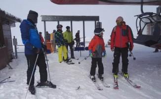 Erzincan Belediyesinden kayak kursu