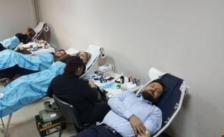 Fatih Ortaokulu'ndan kan bağışı kampanyasına destek