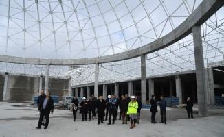 Günaydın, Isparta Şehirlerarası Terminal inşaatını inceledi