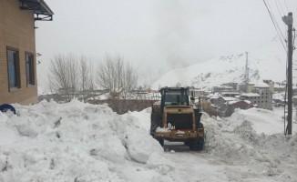 Hakkari'de 36 yerleşim yeri kapandı