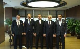 Hekimoğlu Trabzon FK yöneticileri, Bakan Kasapoğlu ile görüştü