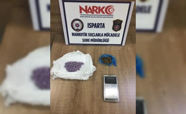 Isparta'da yolcu otobüsünden uyuşturucu ele geçirildi