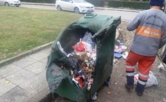 İzmit'te 663 çöp konteyneri kullanılmaz hale geldi