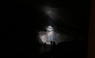 Kahramanmaraş'ta toprak kaydı dev istinat duvarı çöktü