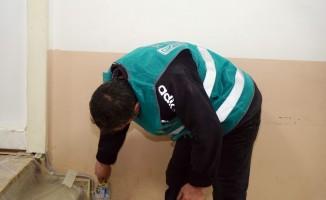 Kastamonu'da hükümlüler, okulları boyayarak çevre düzenlemesi yaptı