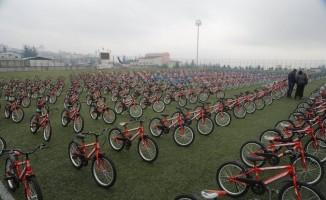 """Kilis'te """"15 bin eve 15 bin bisiklet"""" kampanyası sürüyor"""