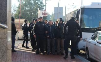 Kocaeli'de FETÖ/PDY şüphelisi 19 askeri personel adliyeye sevk edildi