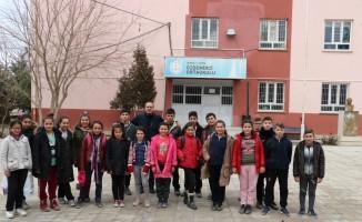 Köy çocuklarını