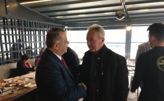 MHP'li başkan adayı Bıyık Muhtarlarla bir araya geldi