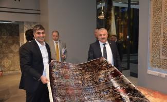 Milletvekili Sermet Atay Domotex Hannover Fuarını ziyaret etti