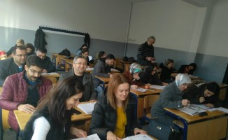 Öğretmenler gönüllü eğitim alıyor