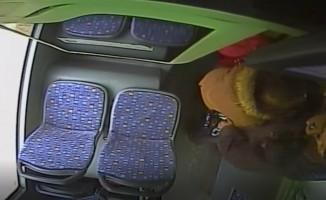 Bursa'da şok! Otobüste yolcunun burnu böyle kırıldı