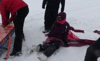 Uludağ'da JAK timleri kar motoruyla kurtardı