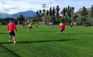 Payas Spor ikinci yarı hazırlık çalışmalarını Kemer'de sürdürüyor.
