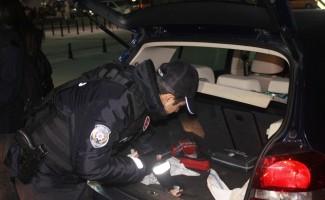 Polis Taksim Meydanı'nda kuş uçurtmadı