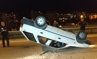Samsun'da takla atan otomobilin sürücüsü ölümden döndü