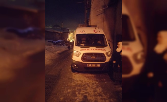 Simav'da ev yangını: 2 ölü