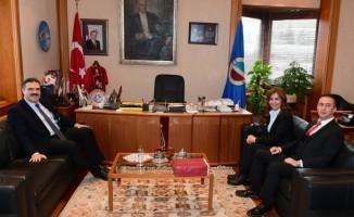 T.C. Merkez Bankası Eskişehir Şube Müdürü'nden Rektör Çomaklı'ya ziyaret