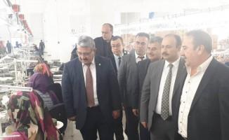 Tekstil fabrikasında çalışan 50 kişi sertifika