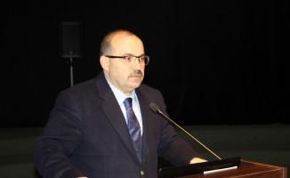 Trabzon Valisi İsmail Ustaoğlu muhtarlarla uyuşturucu ile mücadeleyi konuştu