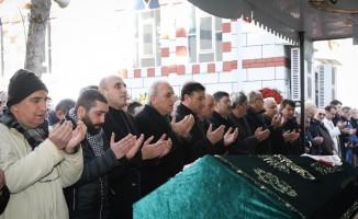 Ümraniye Belediye Başkan adayı Yıldırım, Ümraniyesporu acılı gününde yalnız bırakmadı