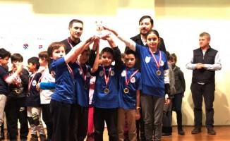 Ümraniye Belediyesi Satranç Takımı İstanbul 1. Bölge Şampiyonu oldu
