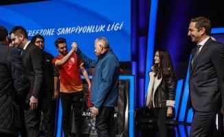 Vodafone Freezone Şampiyonluk Ligi'nin startını Binali Yıldırım verdi