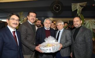 Zeybekci'den, İzmir'i lojistik merkezi yapma sözü