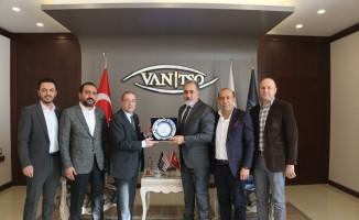ABD Adana Konsolosu Baez'den Van TSO'ya ziyaret