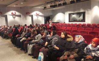 ADEM kursiyerlerine seminer