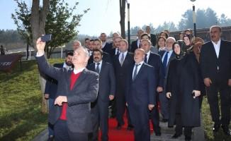 """AK Parti başkan adayı Özlü """"Özenle seçilmiş belediye ve il genel meclisi grubu var"""""""
