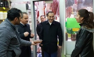 AK Parti heyeti Şire Pazarı esnafıyla bir araya geldi