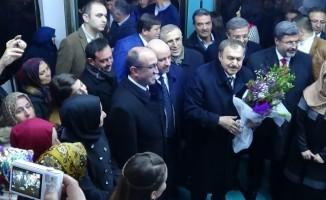 Ak Parti Sandıklı'da seçim bürosu açtı