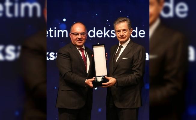 Aksa Akrilik'e, kurumsal yönetimin zirvesinde üst üste 3'üncü ödül
