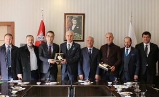 ATO heyeti Yenimahalle Şehit Mehmet Şengül Mesleki ve Teknik Anadolu Lisesi'nde incelemelerde bulundu
