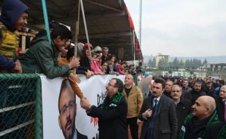 Bakan Kasapoğlu, bisiklet dağıtım programında zor anlar yaşadı