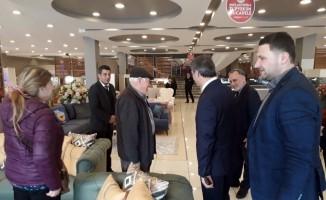 Başkan Alemdar, mobilya işletmecilerine misafir oldu