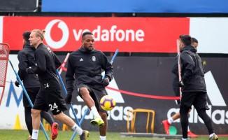 Beşiktaş'ta derbi hazırlıkları tam hız devam ediyor