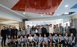 Bilnet Okulları'ndan sporculara tam burs desteği