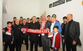 Burhanettin Uysal'dan amatör spor kulüplerine destek