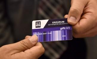 Büyükşehir'den ihtiyaç sahibi 2 bin 200 aileye gıda kartı