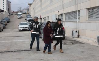 Çantasında metamfetamin ile yakalanan kadın tutuklandı