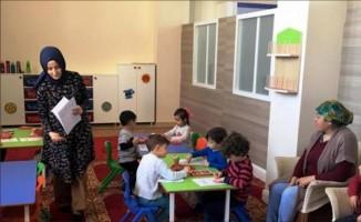 Çocuklar oynayarak Kur'an-ı kerim öğrenecek